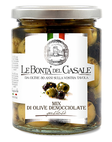"Pitted black and green olives ""gustose"" in oil"